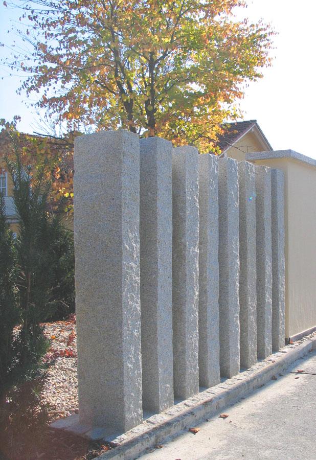 Mauer trockenmauer stein gartengestaltung gartenbau for Gartengestaltung sichtschutz beispiele